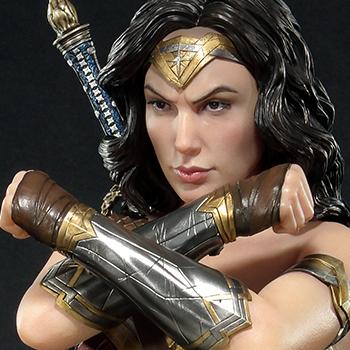 Wonder Woman Justice League Gal Gadot Statue from Prime 1 Studio